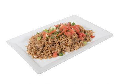 Assiette riz frit au poulet